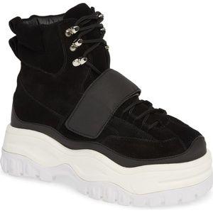 Jeffrey Campbell Fonzie Boot Sneaker EUC Size 5